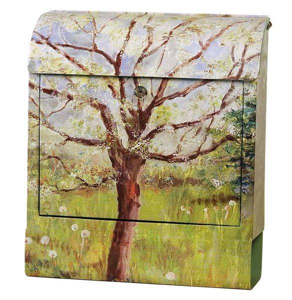 Briefkasten Baum