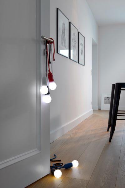 Kabellose, tragbare LED Lampe im Glühbirnendesign | Batteriebetrieben | Zugschalter an der Kordel | Textilseil