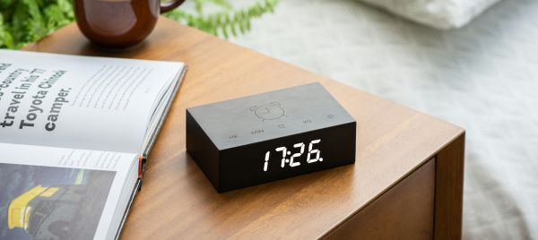 Gingko Flip Click Clock Uhr - in verschiedenen Farben